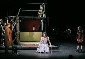2019 - Volkstheater – Schwere Knochen © www.lupispuma.com - Volkstheater